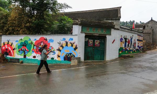 为打造艺术东掌,该村村容村貌洋溢着艺术气息